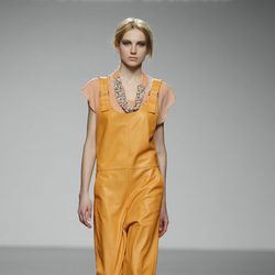 Jumpsuit naranja de El colmillo de Morsa en 'El Ego' de Fashion Week Madrid