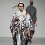 Diseño con estampado oriental de Shen Lin en 'El Ego' de Fashion Week Madrid