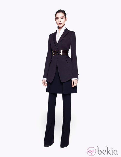 Traje de chaqueta de la colección pre-fall 2012 de Alexander McQueen