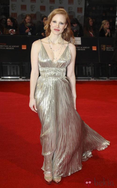 Jessica Chastain con un vestido de Oscar de la Renta en los Bafta 2012