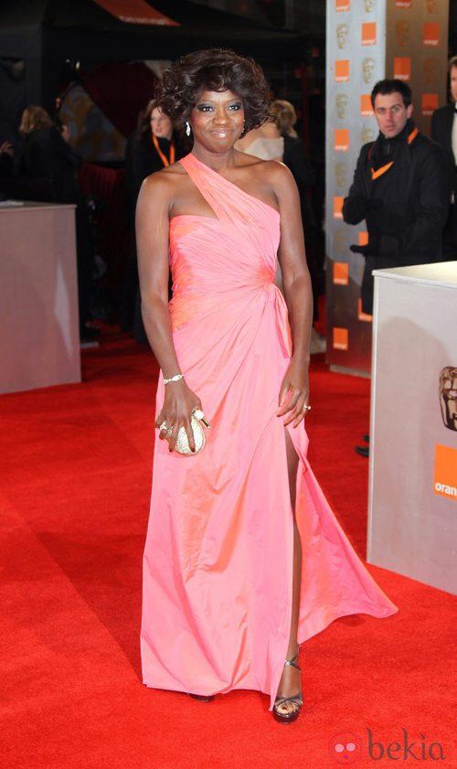 Viola Davis vestida de Valentino en los Bafta 2012