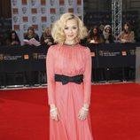 Fearne Cotton con un vestido de Moschino en los Bafta 2012