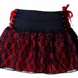 Minifalda de encaje de la colección especial de San Valentín de Miss Self Destructive