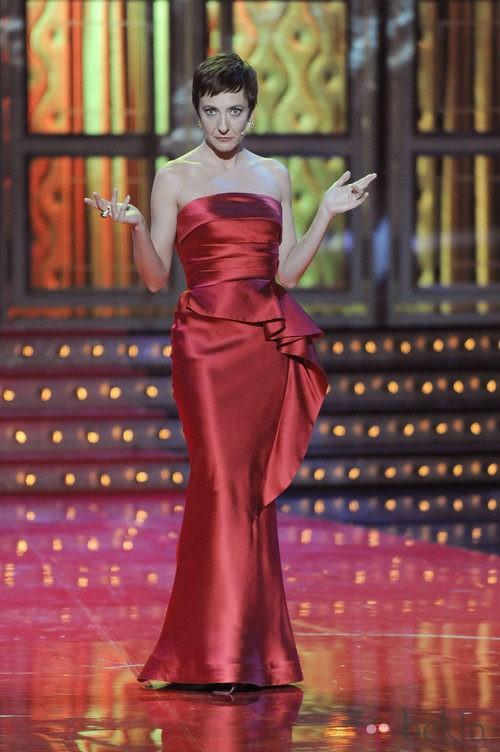 Eva Hache con vestido rojo en los Premios Goya 2012