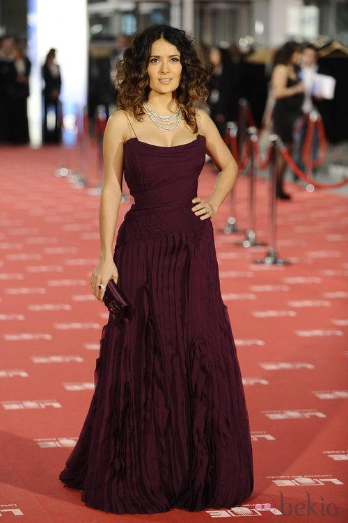 Slama Hayek con vestido de Gucci en los Goya 2012