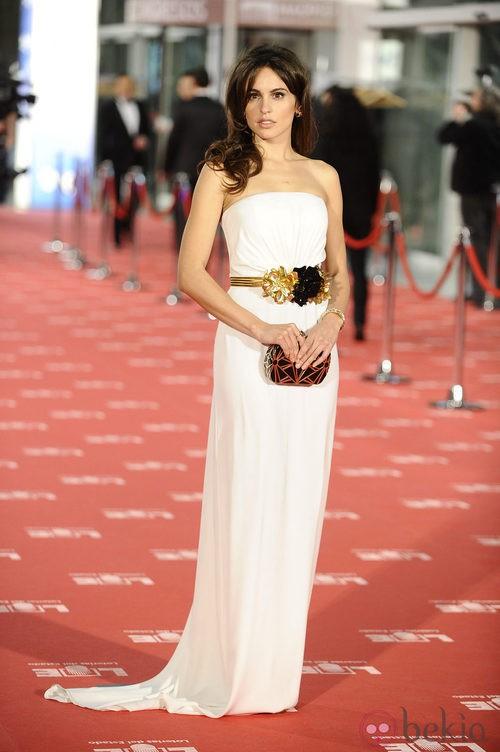 Verónica Echegui con vestido de Gucci en los Goya 2012