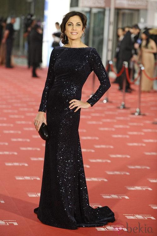 Toni Acosta con vestido de Dolores Promesas en los Goya 2012