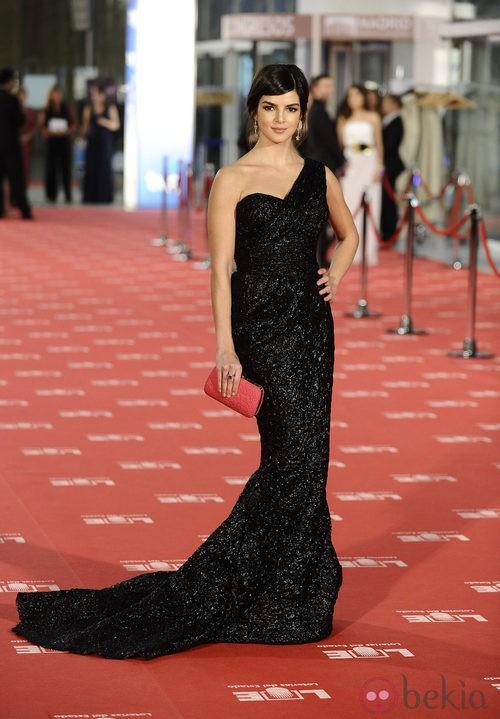 Clara Lago con vestido de Zuhair Murad en los Goya 2012