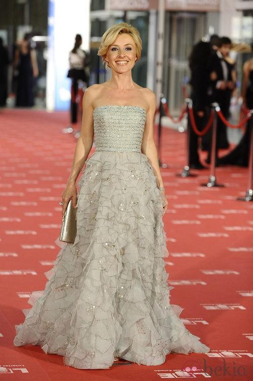 Cayetana Guillén Cuervo con vestido de Oscar de la Renta en los Goya 2012