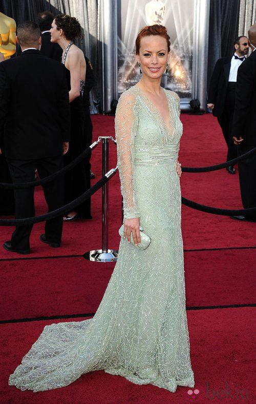 Bérénice Bejo lució un modelo de Elie Saab en los Oscar de 2012