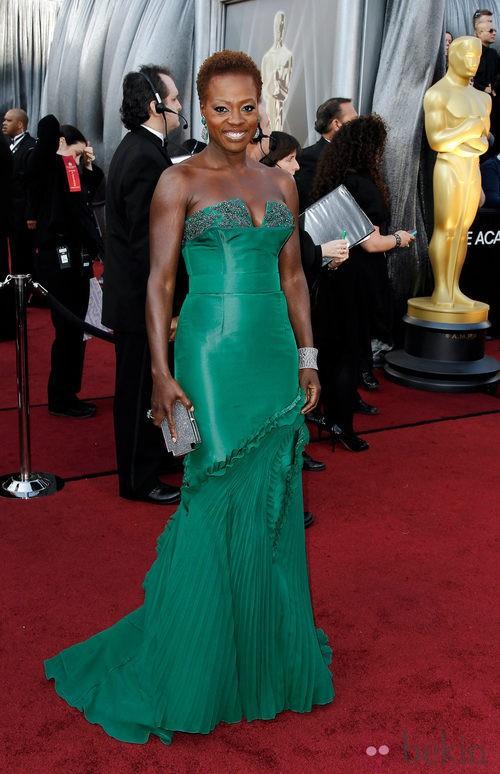 La actriz Viola Davis con un nuevo look los Oscar de 2012