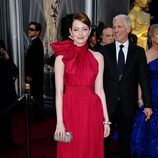 Emma Stone eligió un diseño de Giambattista Valli para la ceremonia de los Oscar