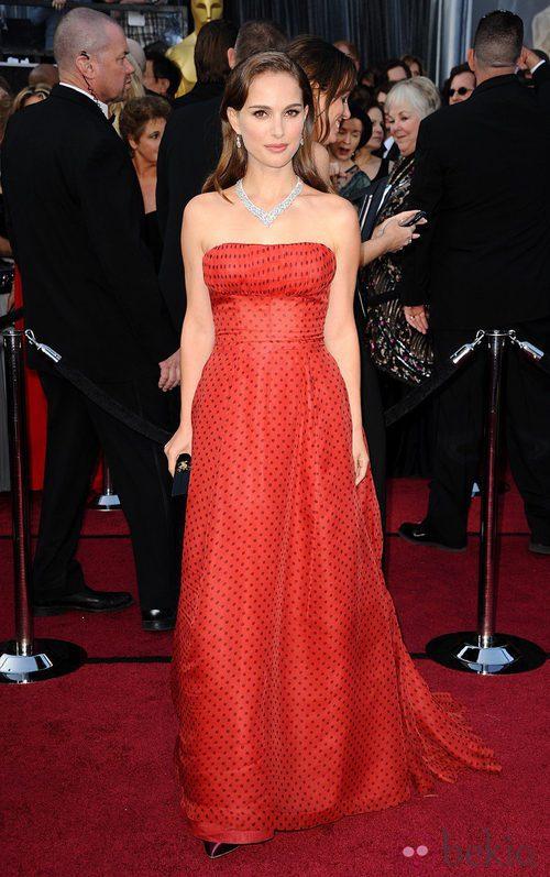 Natalie Portman lució un vestido vintage de Dior