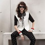Blusa blanca con cuello de lentejuelas de Marni para H&M