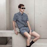 Conjunto masculino azul con estampado de círculos de Marni para H&M
