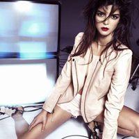 Clara Lago con chaqueta de Hoss Intropia