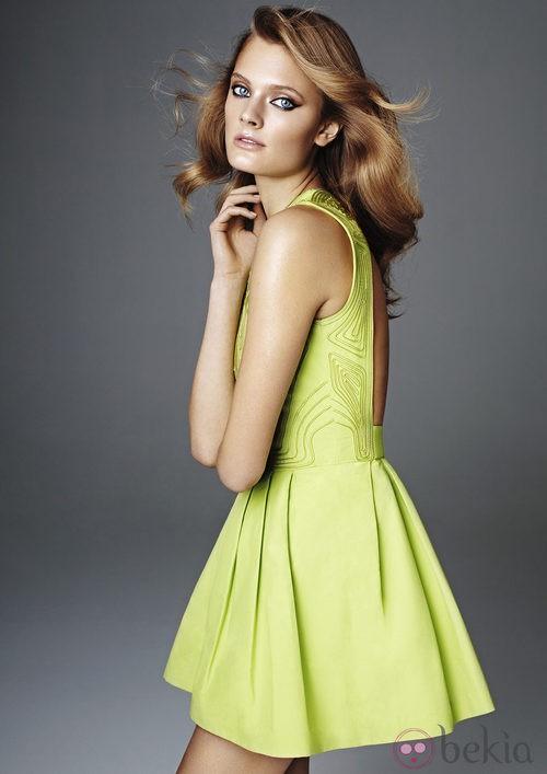 Vestido en color verde de la nueva colección exclusiva de H&M Conscious