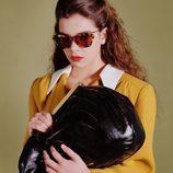 Hailee Steinfeld, elegancia clásica para Miu Miu