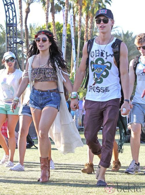 Look de Vanessa Hudgens en el Festival de Coachella 2012