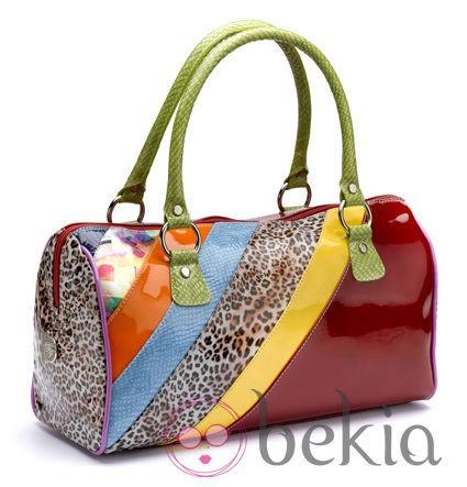 Bolso en varios colores de BF Colección Europa primavera/verano 2012