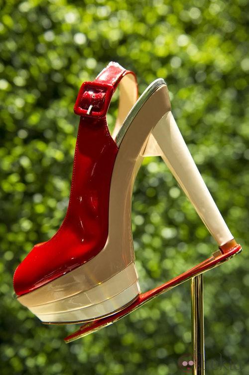 Zapatos rojos de la exposición de Christian Louboutin celebrada en Londres
