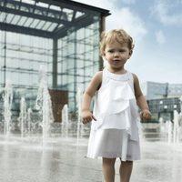 Vestido blanco de la colección Boss Niños primavera/verano 2012