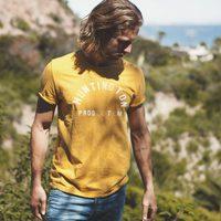Camiseta y jeans de la colección Lee primavera/verano 2012
