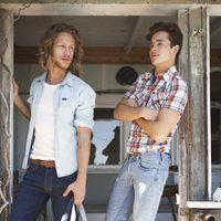 Jeans y camisas de la colección Lee primavera/verano 2012