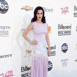 Katy Perry con un vestido morado en los premios Billboard 2012