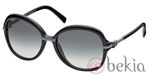 Gafas de sol negras de la nueva colección primavera/verano 2012 de John Galliano