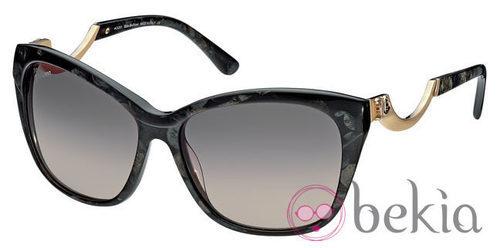 Gafas de sol tipo mariposa en negras de la nueva colección primavera/verano 2012 de John Galliano