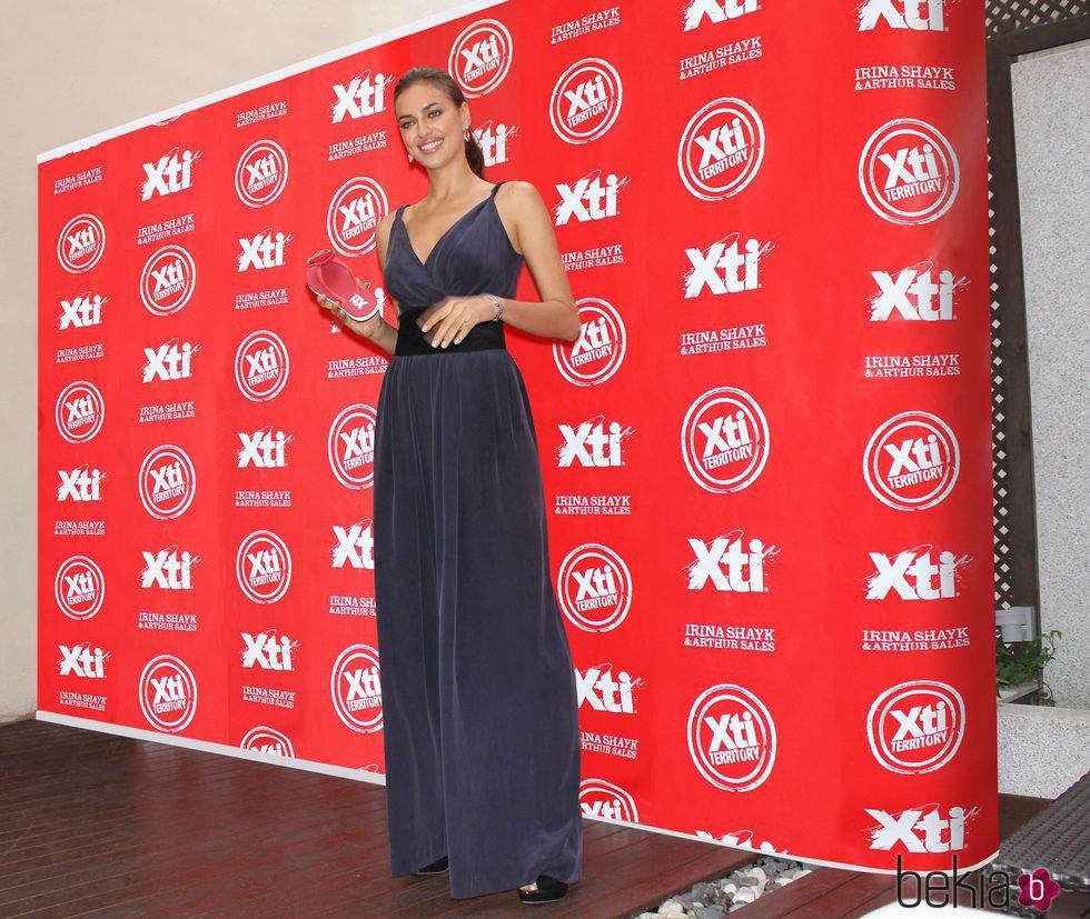 Irina Shayk en la presentación de la nueva colección Otoño/Invierno de Xti