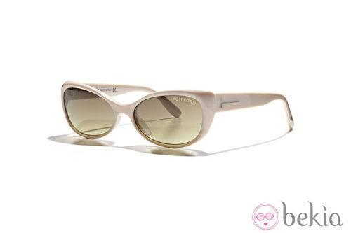 Gafas en tonos neutros de la nueva colección de Tom Ford Primavera/Verano 2012