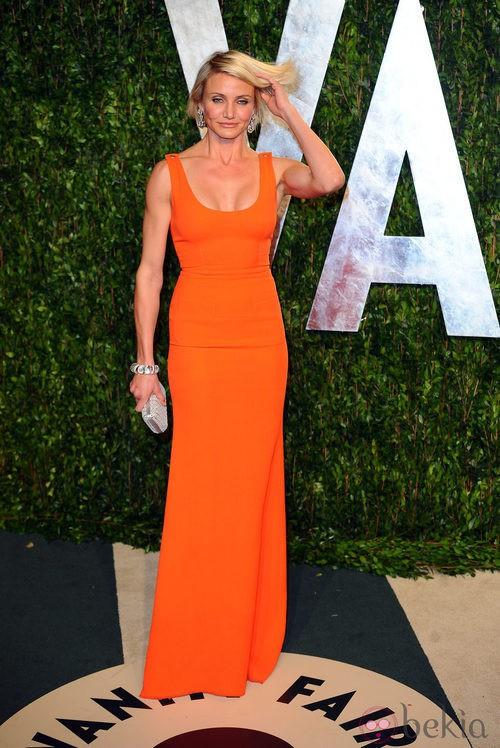 Cameron Diaz con un vestido naranja de la firma Victoria Beckham