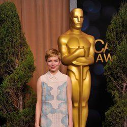 Michelle Williams con un vestido de Victoria Beckham