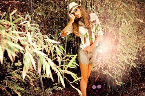 Look de la colección Laura Bernal para esta primavera/verano 2012