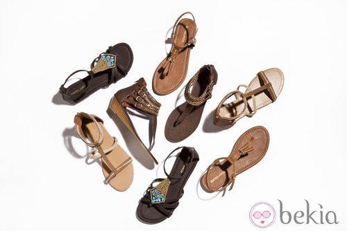 Sandalias planas en tonos marrones de la nueva colección de Suite Blanco primavera/verano 2012
