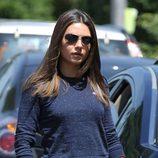 Mila Kunis con gafas de sol por las calles de Nueva York