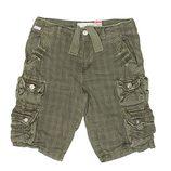 Pantalón corto en verde de la colección verano 2012 de Lois