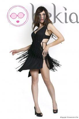 Pilar Rubio con un vestido en negro de su colección Metalhead Clothing