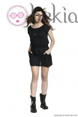 Pilar Rubio con un vestido rockero de su colección Metalhead Clothing