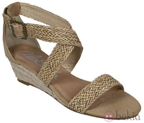 Sandalia trenzada de la nueva colección de Alex Silva verano 2012