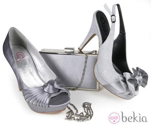 Zapatos de raso con bolso a juego de la nueva colección de Alex Silva verano 2012
