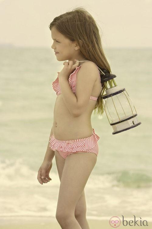 Bikini de rayas de la colección verano 2012 de Dolores Cortés DC KIDS