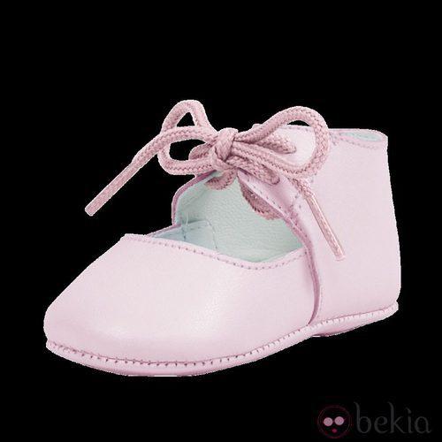 Zapatos rosas para bebé de la nueva colección
