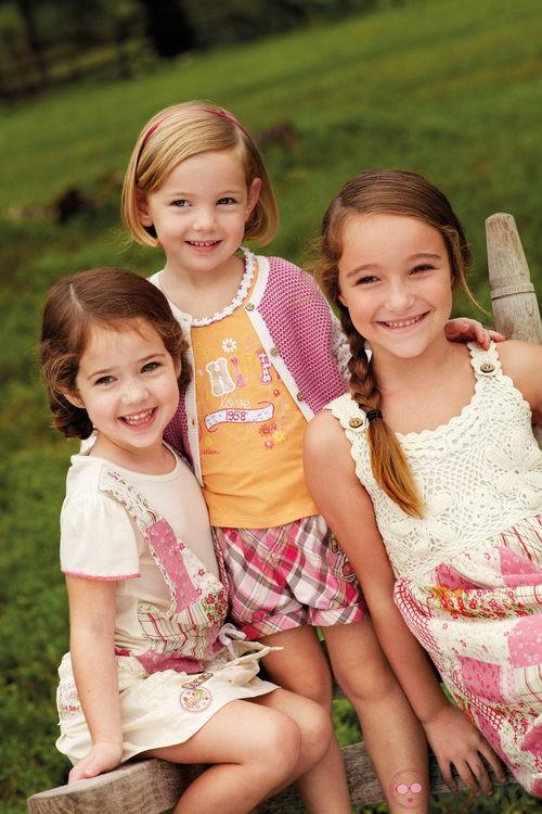 Diferentes conjuntos de niña de la nueva colección My Chicco de la casa italiana Verano 2012