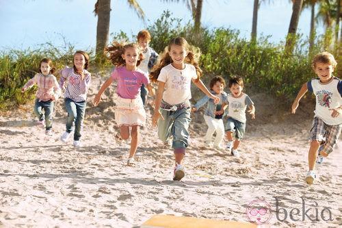 Diferentes conjuntos de niño y niña de la nueva colección My Chicco de la casa italiana Verano 2012