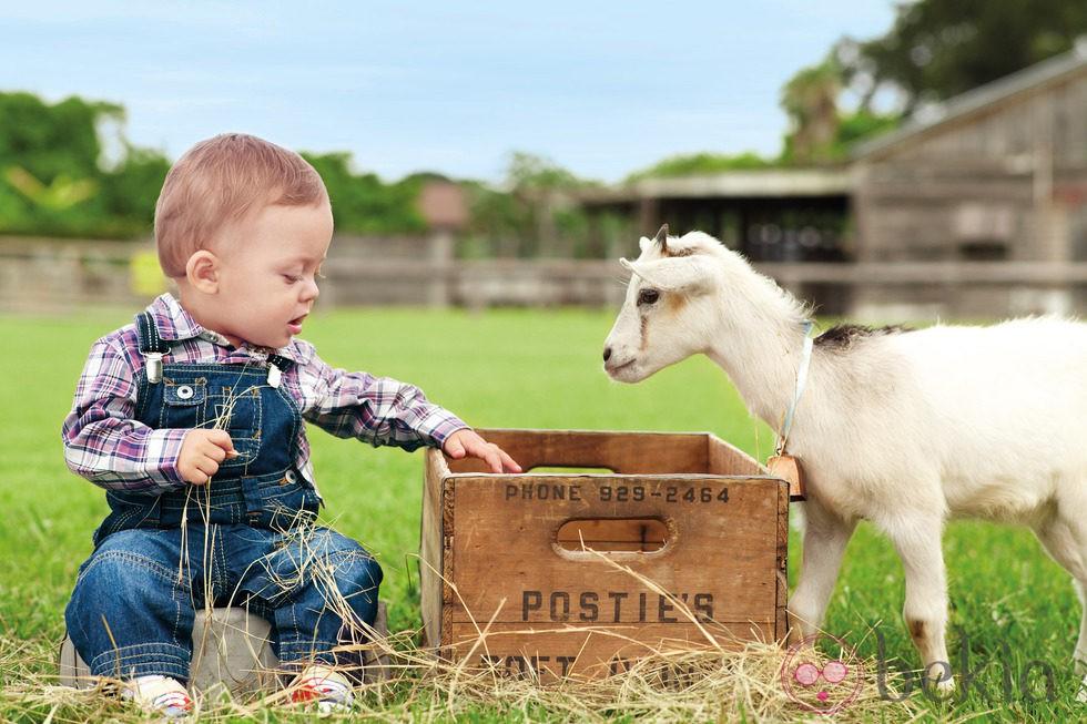 Peto vaquero de la colección de bebés My First Chicco Verano 2012 ... 083a8dd33de