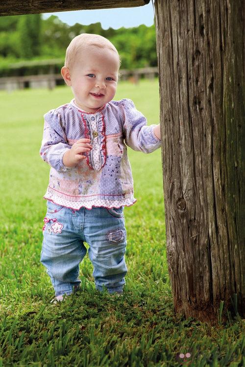 Conjunto para niña de la colección de bebés My First Chicco para verano 2012