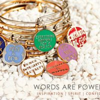 Colección Words are powerful de Alex and Ani verano 2012